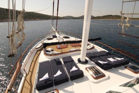 Gulet Aurum deck (10)