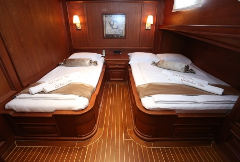 Double Cabin with Extra bed