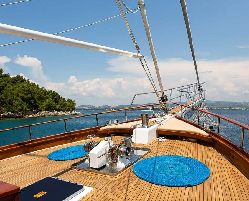DOLCE VITA Front deck