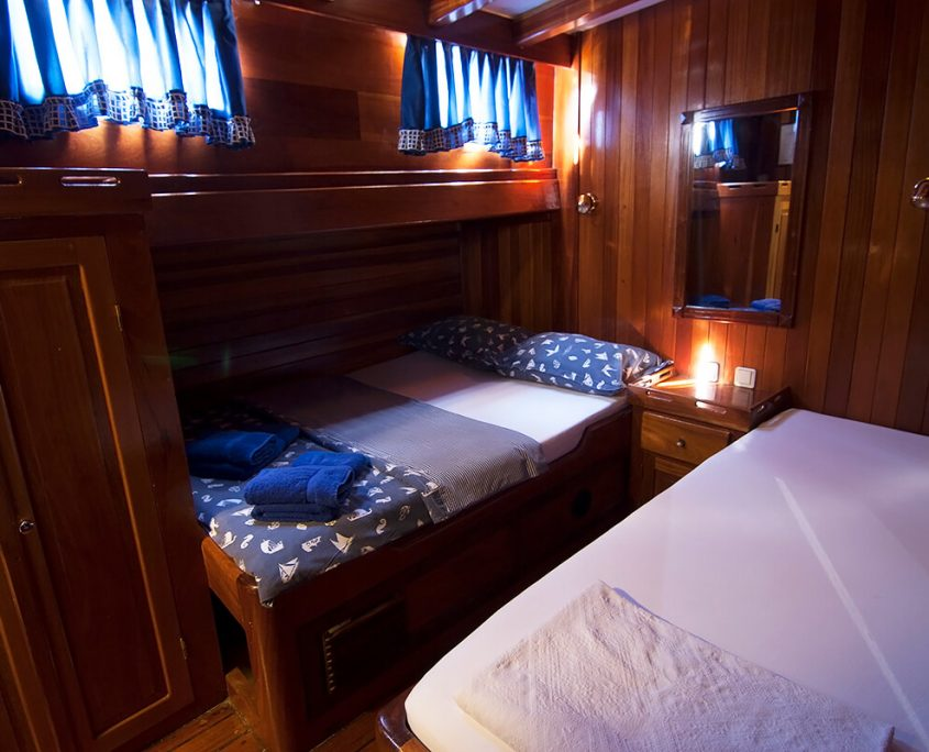 Double Cabin with Additional Bed