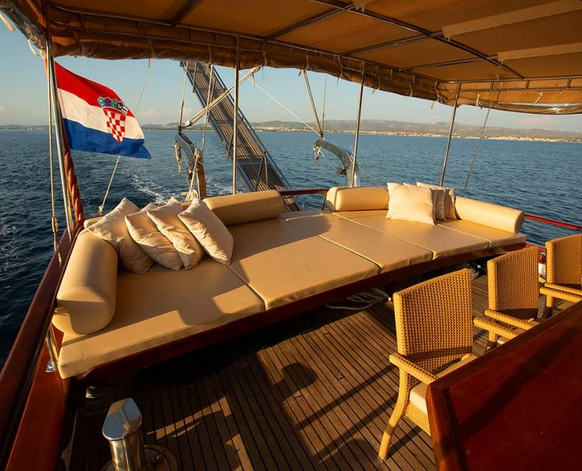 MALENA Cushioned area on Aft deck
