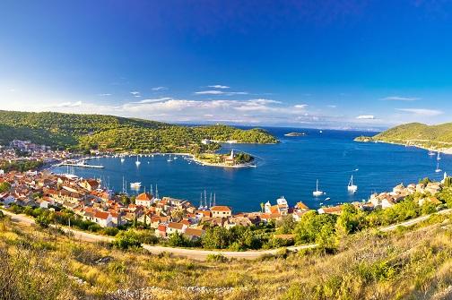 Central Dalmatian islands cruise