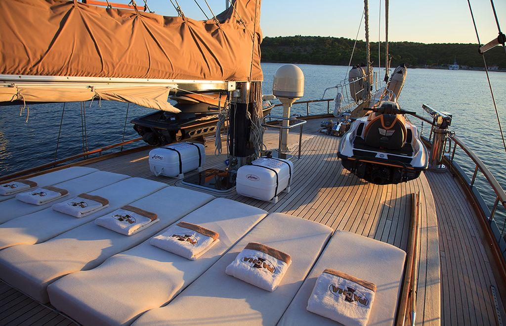 Gulet Pacha sun deck