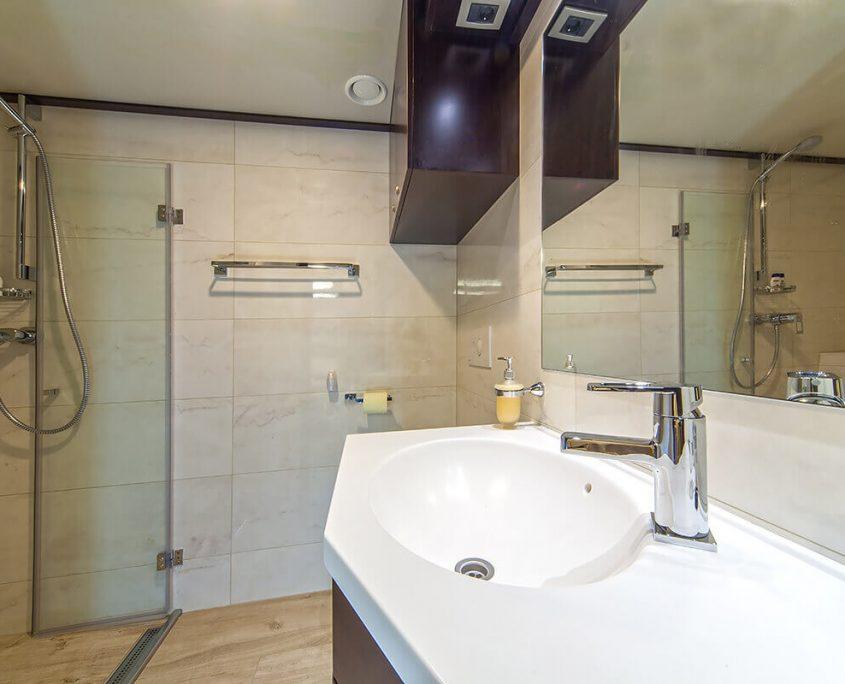 Bathroom on Navilux