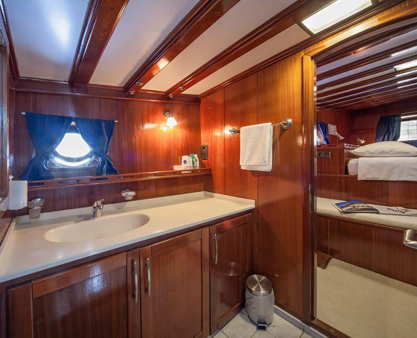 Bathroom on Stella Maris