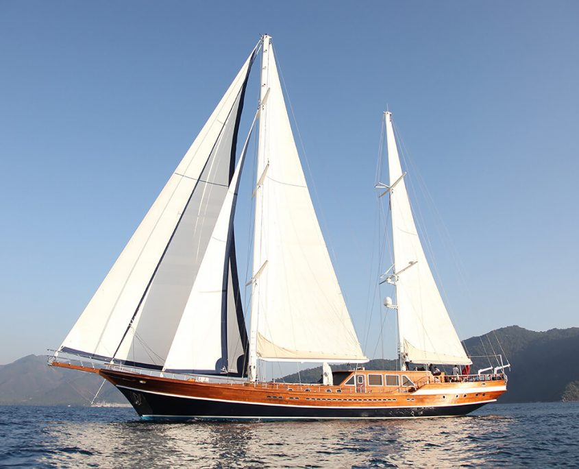 Gulet Queen of Datça Sailing