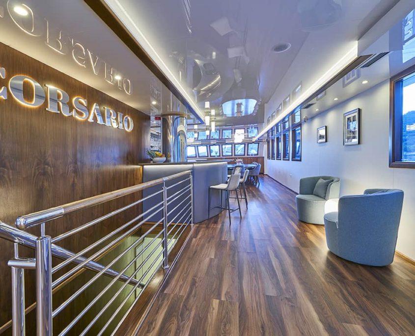 CORSARIO Lounge area