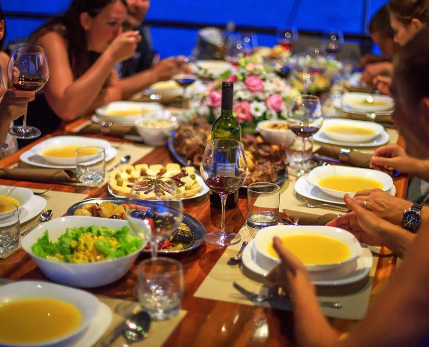 ALLURE E Dinner time