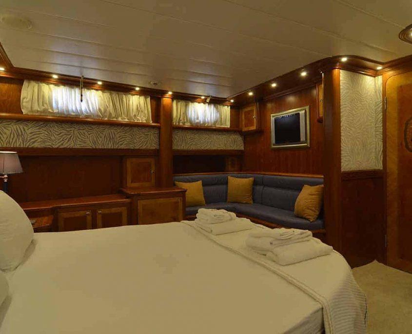 LOTUS Master cabin