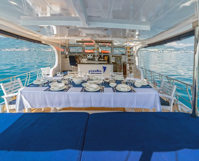 MASKE Dining area on Aft deck