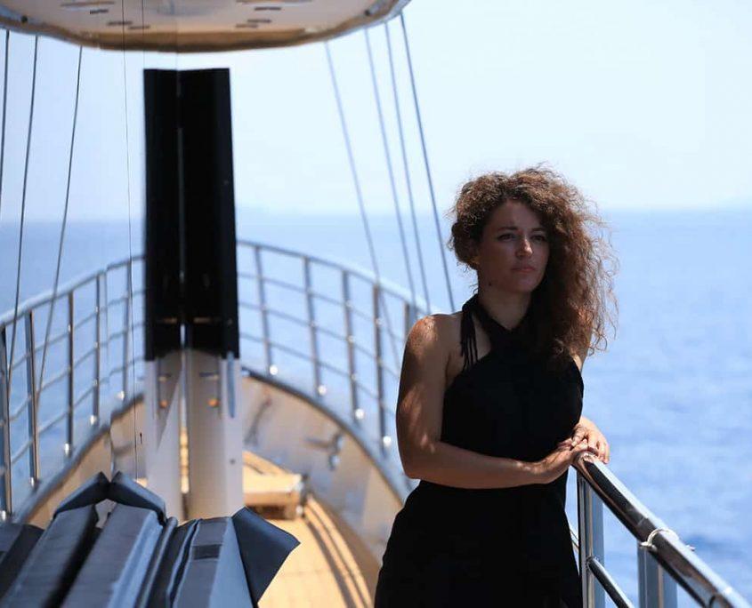 RARA AVIS Side deck