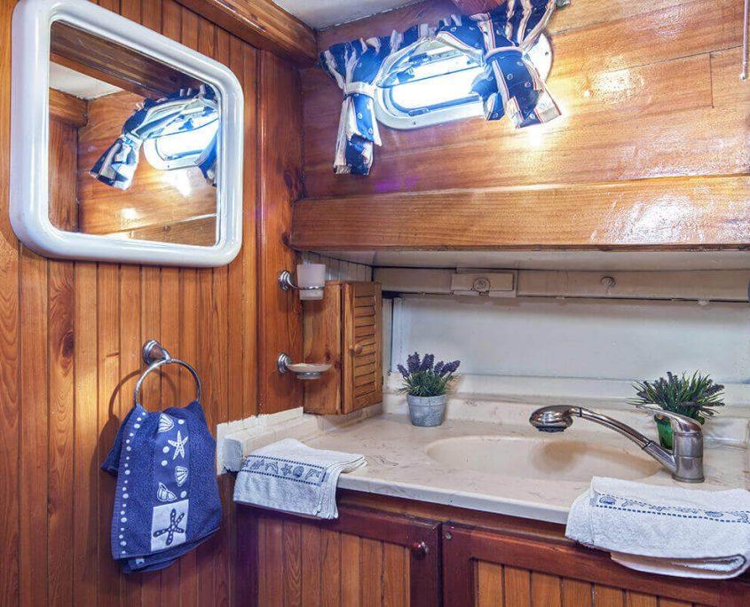 LUOPAN Bathroom