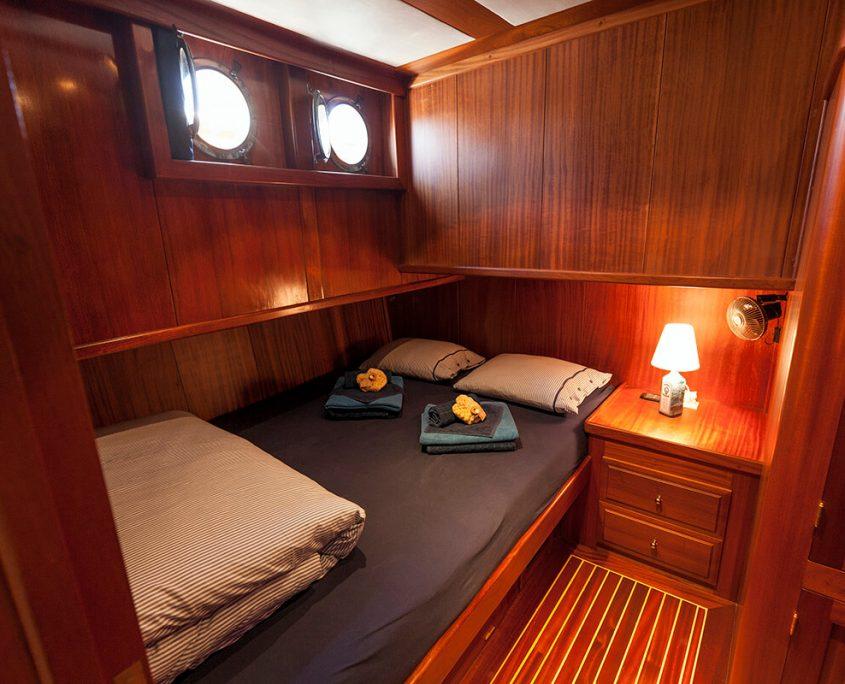 LUOPAN Blue Cabin