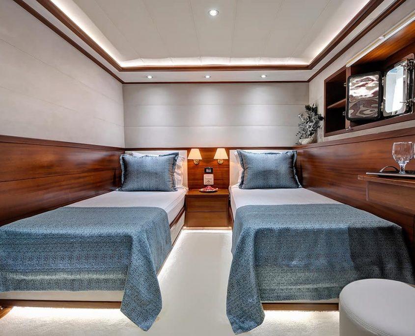 ALESSANDRO Twin cabin