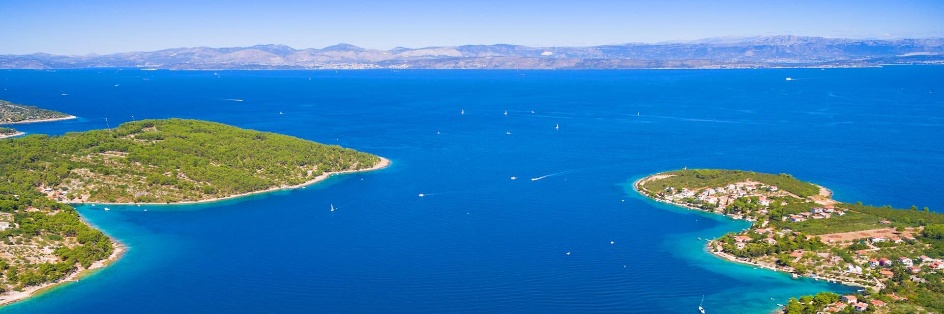 Island hopping in Croatia - Header image