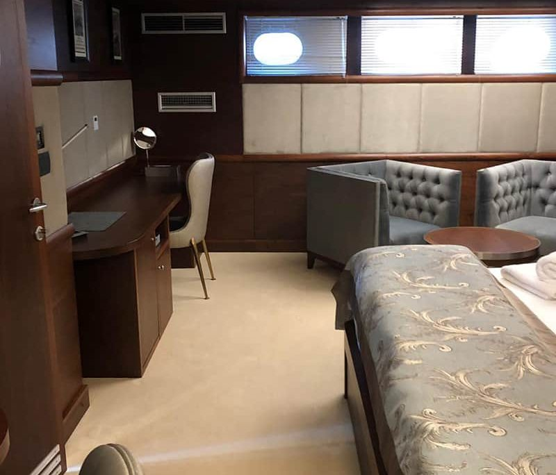 LADY GITA Master cabin