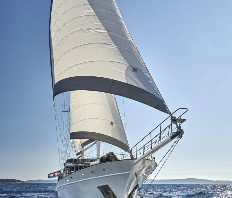 Lady Gita exterior view sailing