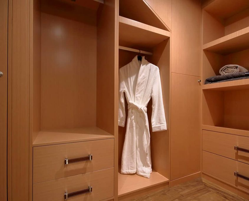 MEIRA Wardrobe
